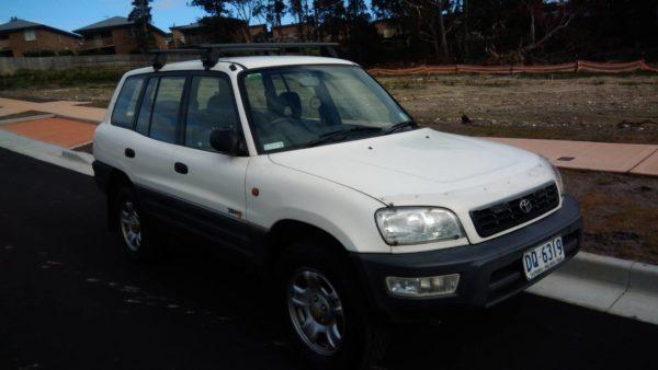 オーストラリアで購入した車